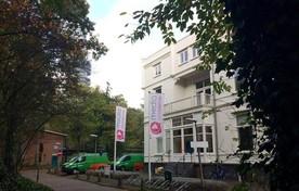 Monumentale Villa Heideheuvel op het Mediapark, onder de rook van de tv-toren, is sinds tien jaar het onderkomen van de Media Academie.