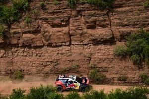 De Peugeot van Sebastien Loeb. © AFP